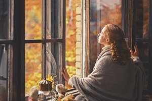 3 THINGS FALL DOES TO YOUR ROOF, WINDOWS, AND GUTTERS