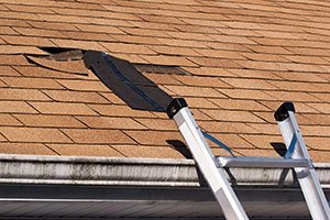 ROOF WARNING SIGNS TO LOOK FOR BEFORE BUYING OR RENTING A HOME